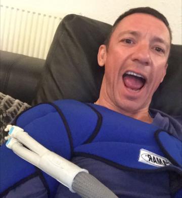 Frankie Dettori Uses ZamarUK Cryotherapy Machine